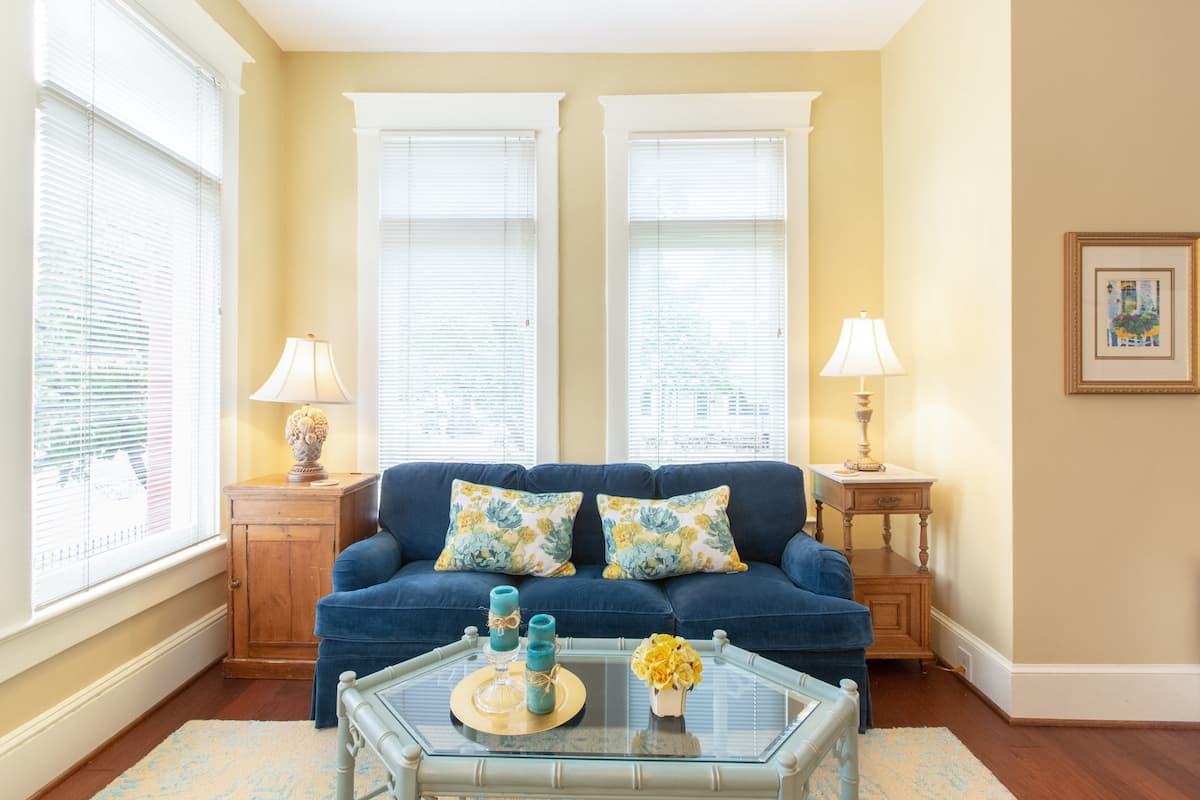 Cozy Up at a Homey, Colorful Dupont Circle Retreat