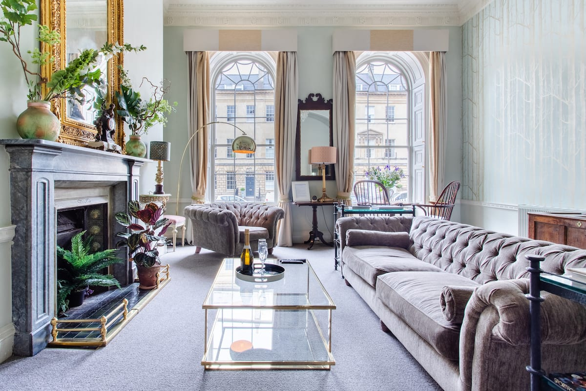 Snuggle up in the Opulent Four-Poster at a Georgian Terrace