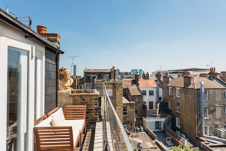 (h4) Characterful Arty Apartment in the Heart of Shoreditch