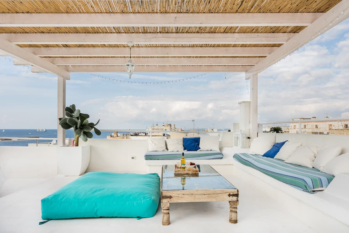 Casa Coco Stunning Rooftop Terrace Home Overlooking the Sea