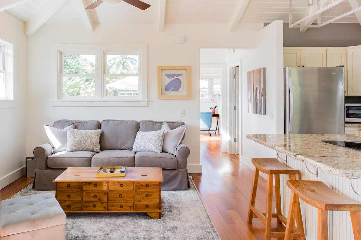 Cycle or Walk to Hanalei Bay from This Bright and Airy Home