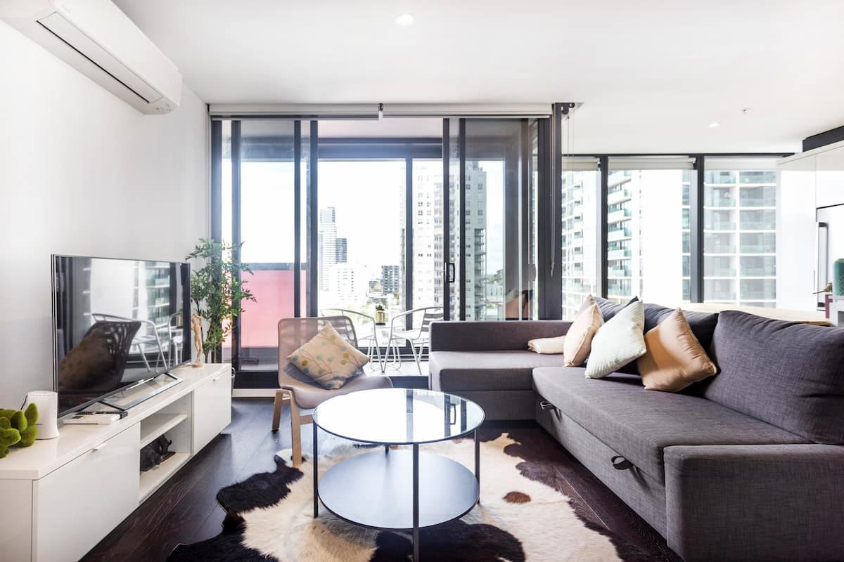 Enjoy and Experience in Melbourne Le'City Apartment