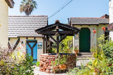 Charming Manzanita Red Cottage near Beach & Village