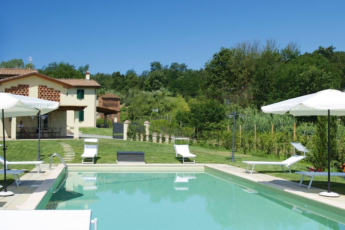 San Ginese di Compito的民宿