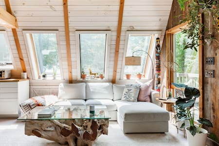 The Canopy House—Remodeled Vermont A-Frame Near Downtown