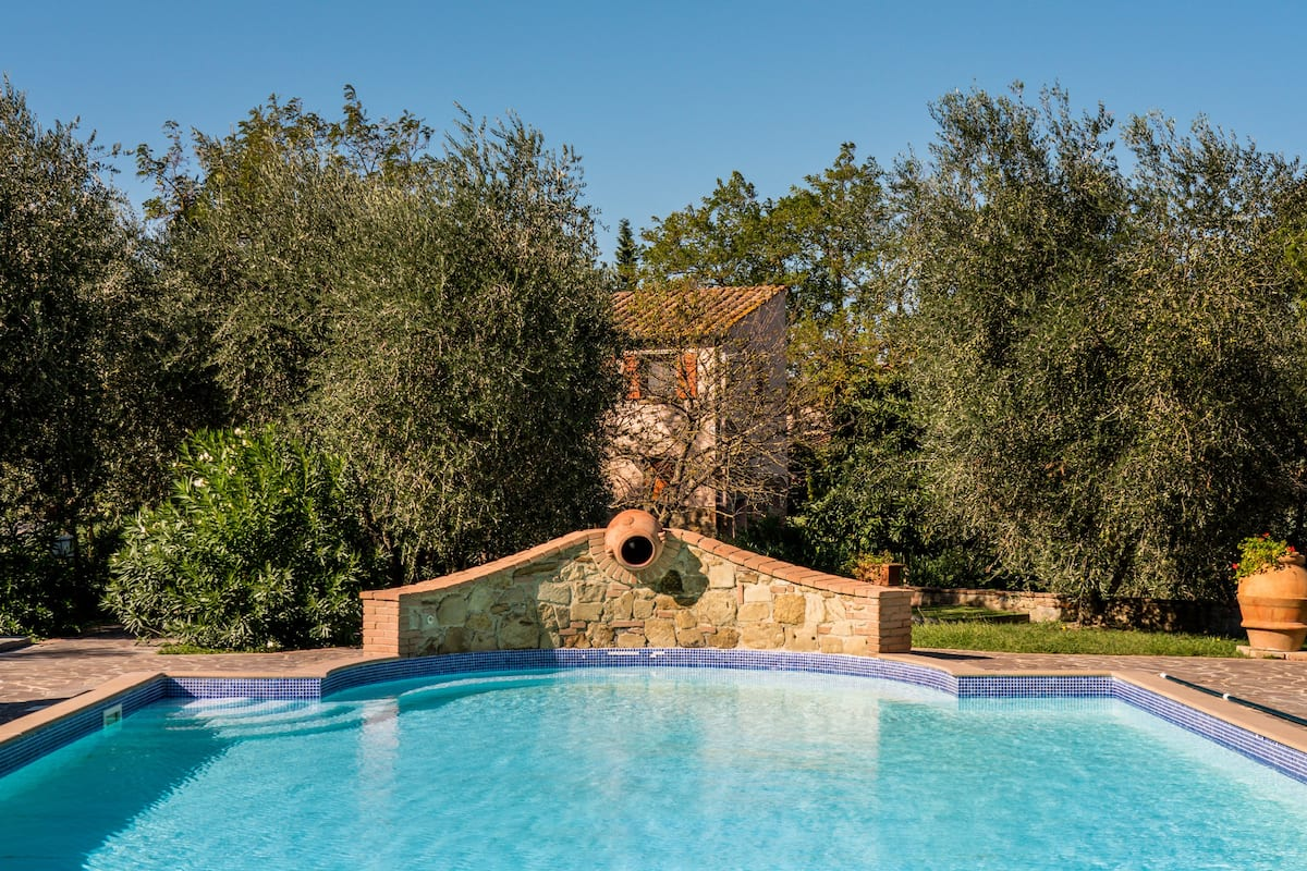 Admire Glorious Tuscan Countryside from a Rustic Farmhouse