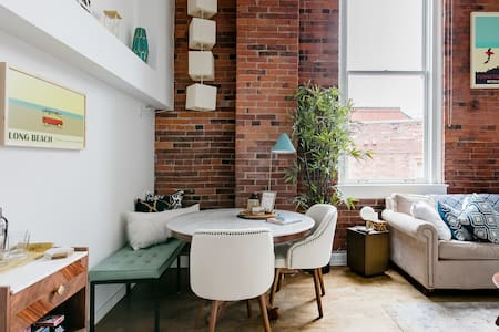 Chic, Two-Story Heritage Loft in the Heart of Victoria