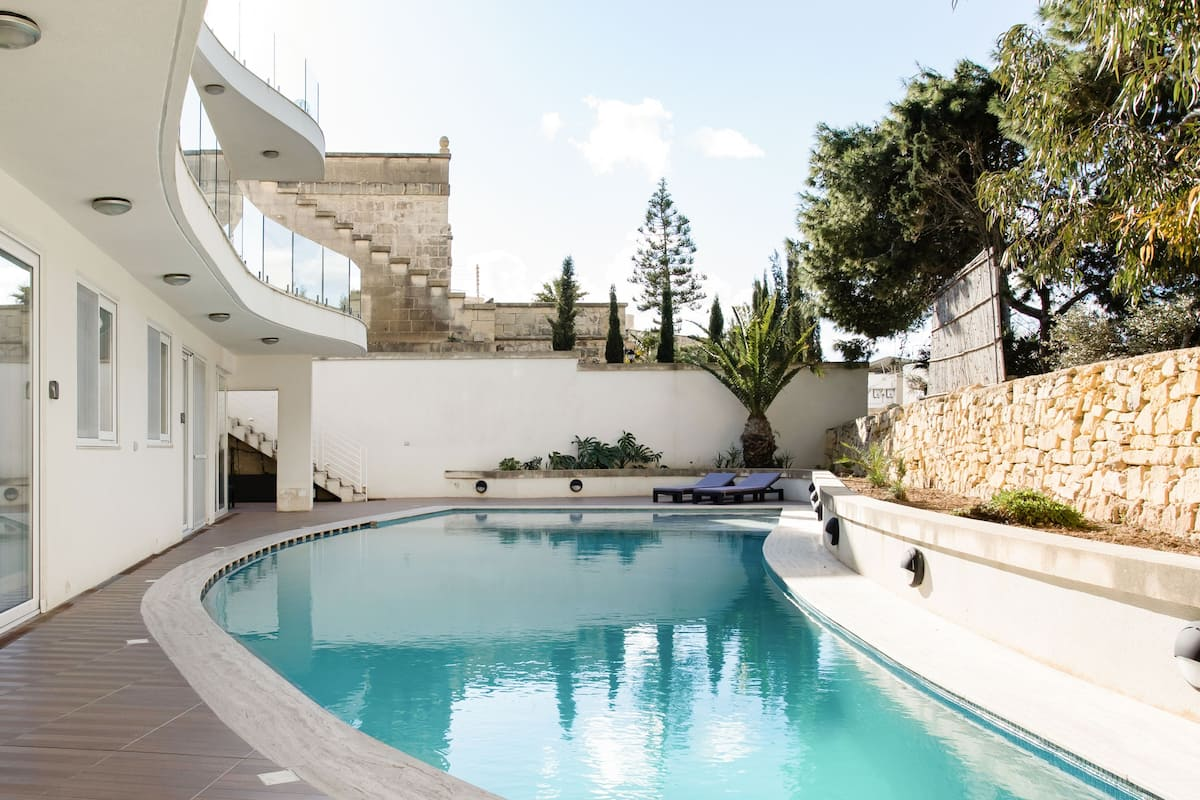 Explore Gozo from an Exclusive Apartment