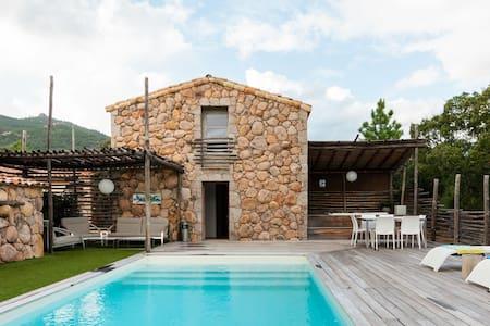 Retraite de luxe dans l'extrême sud de la Corse