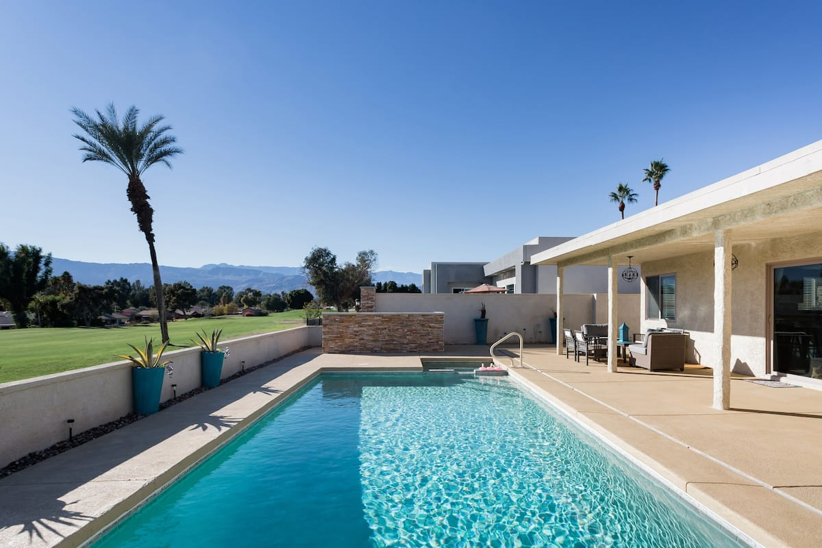 Palm Desert Home with a Pool, on Golf Course, Mountain Views