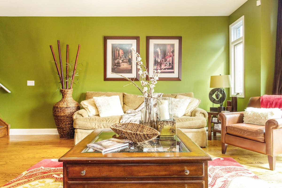 Private Room in Bridgeport Home