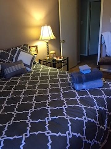 Exec Suite, cozy, central local in beautiful area.