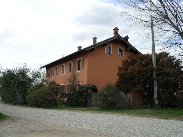 帕维亚 (Pavia)的民宿