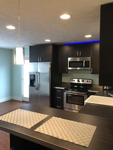 1 - Clean Modern Apartment in downtown Omaha