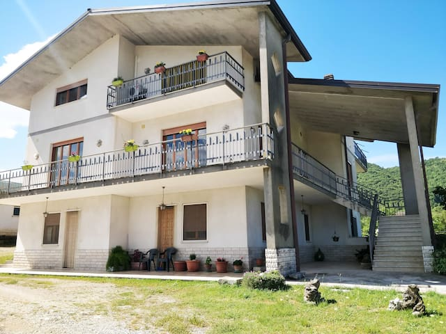 San Giorgio A Liri的民宿