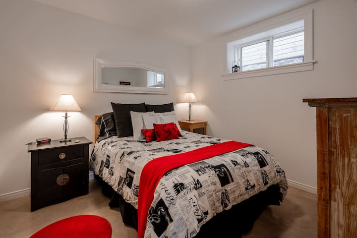 Guest apartment in 1863 centrally-located  home.