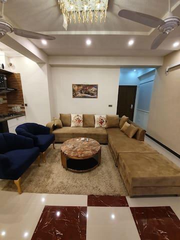 Luxury inn. (Brand new apartment, sanitized)