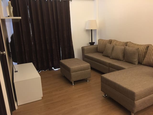 Condo for rent Marquee mall