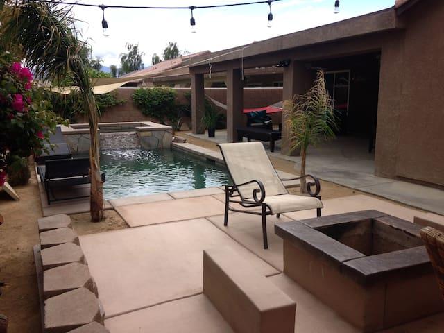 Desert Jewel - Pool/Spa  4 BR, 2 Bath, Plus Den