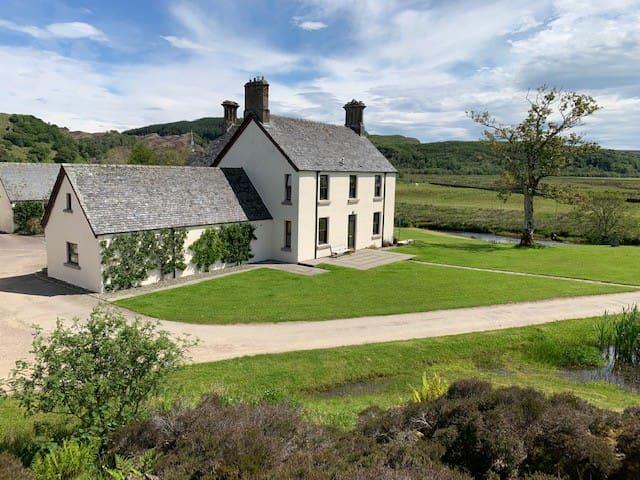 Lochgilphead的民宿