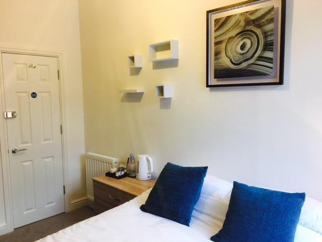 Townhouse @ Balliol Street Stoke - Double Room 4