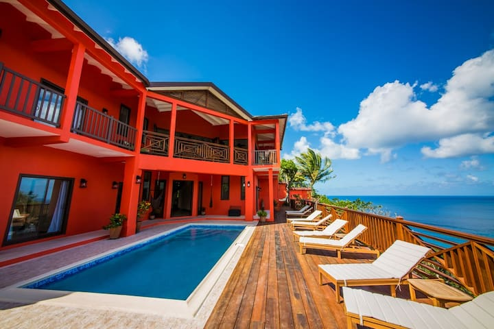 Villa on the Bay - Upscale Yet Relaxed