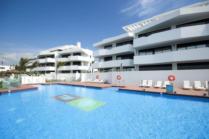 4 bed Dream Gardens, with hot tub La Cala de Mijas