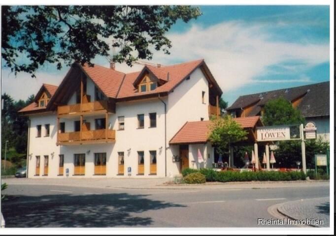 Dettighofen的民宿