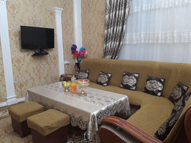 古利斯坦民宿