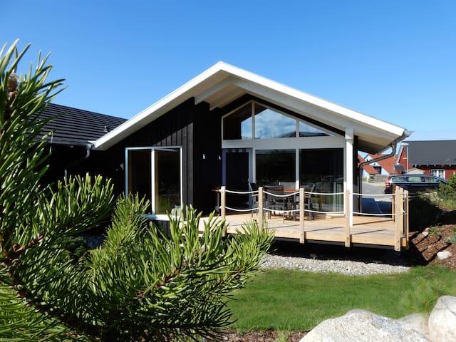 Holzferienhaus mit Sauna, 500m zum Ostsee-Strand 6