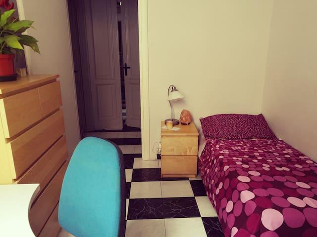 Graziosa stanza in Casa di Ignis