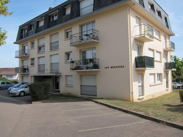 Louviers的民宿