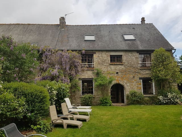 Beautifully restored property in rural Brittany