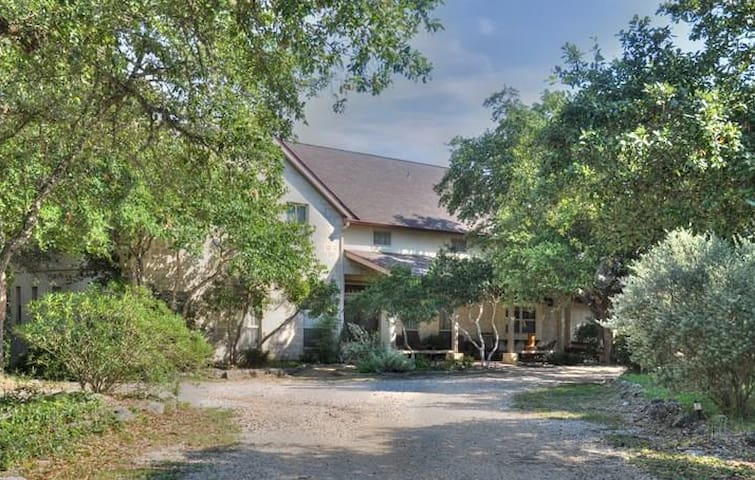 Texas Hill Country Retreats