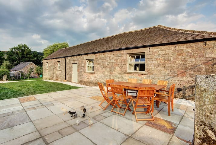 The Barn @ Dale End House, Gratton nr Bakewell