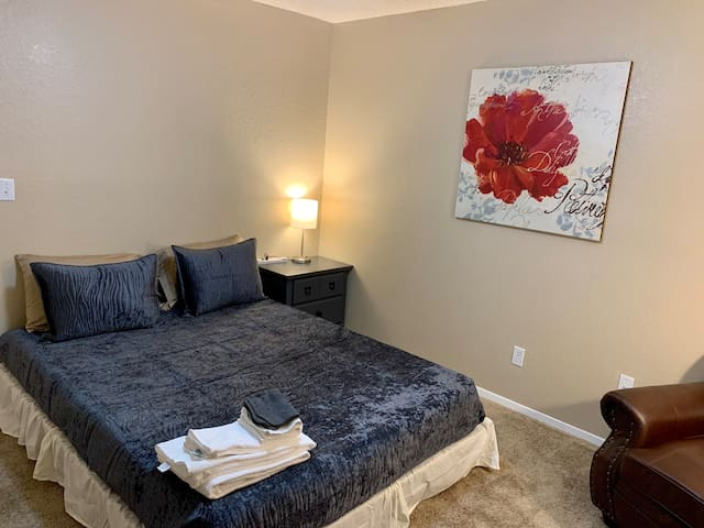 Private 1 Bedroom, 1 Bathroom - Mi Casa. Ask About Long Term Rate's.