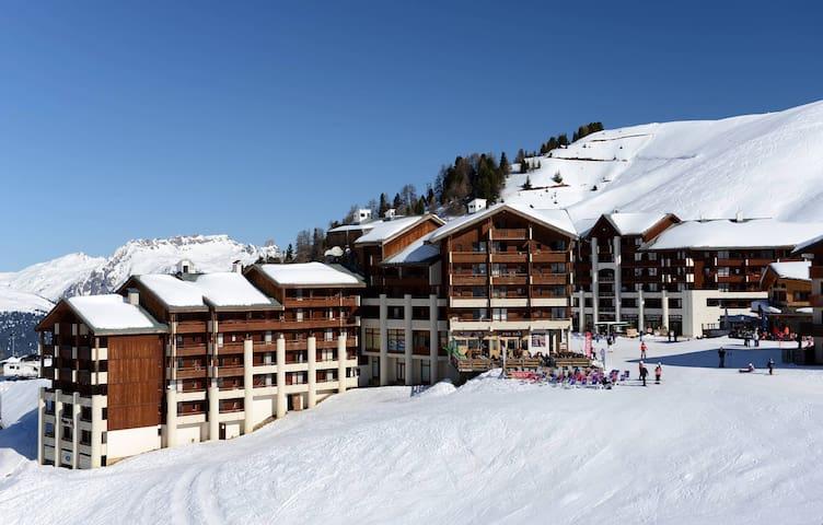 Studio dans les Montagnes | Local à Skis GRATUIT