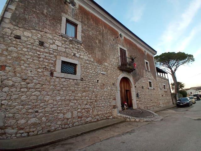 Taverna Triverno的民宿