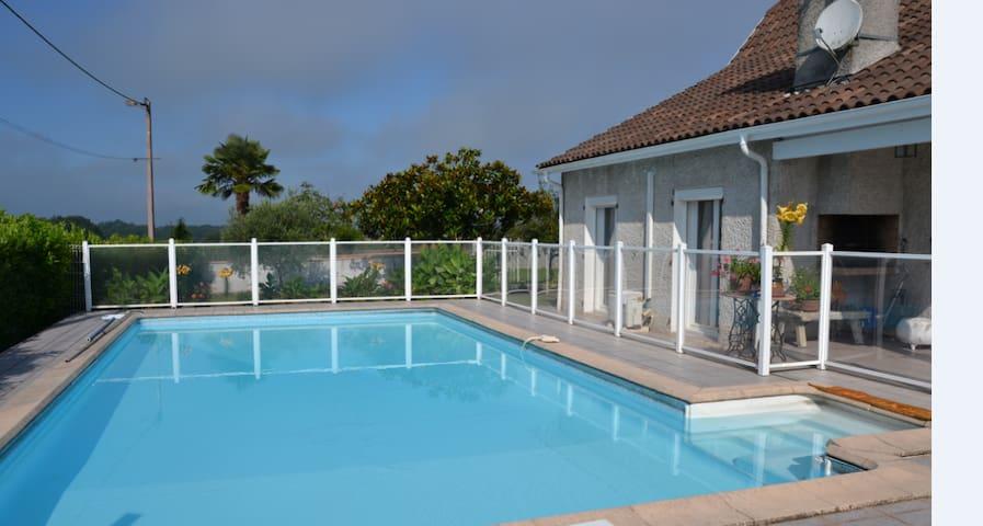 Labastide-Monréjeau的民宿