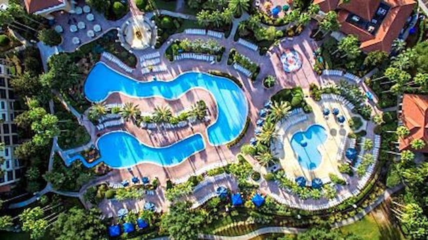 Orange Lake Resort Orlando 2BDM mins from Parks!!!