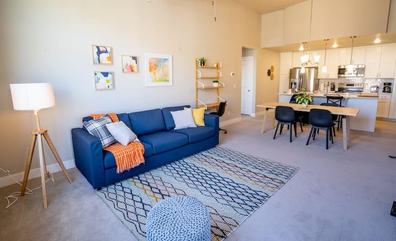 Modern and Brand New Apartment Loveland - NoCo