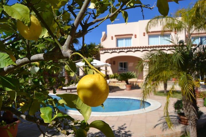 Bonita casa en San Jordi Ibiza.