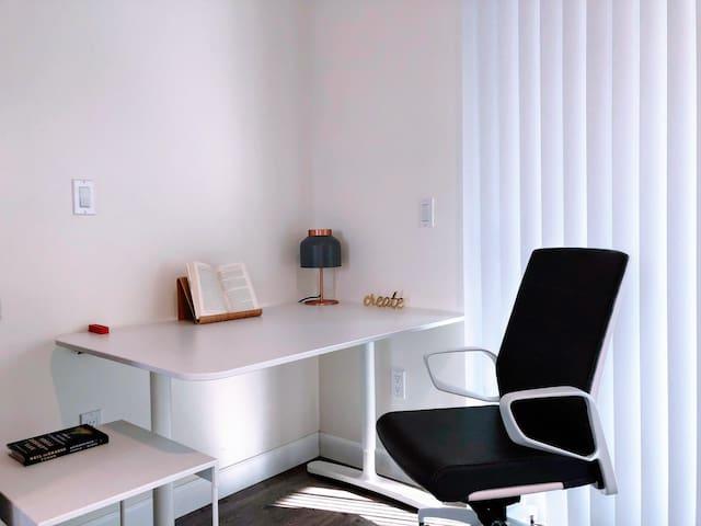 Work from this Modern Stylish Studio in Pasadena
