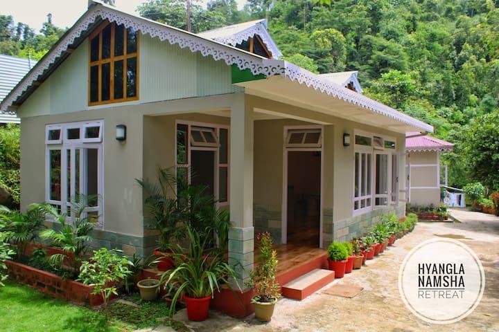 Mangalbarey的民宿