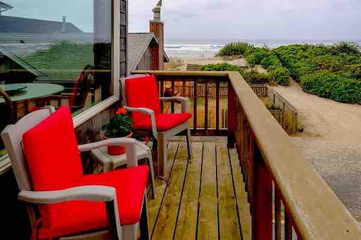Amazing ocean views Cannon Beach Oregon
