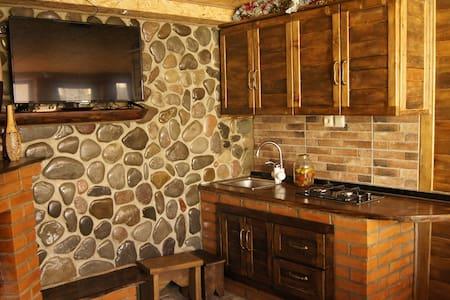 "уютный домик ""martinenko"" - апартамент."
