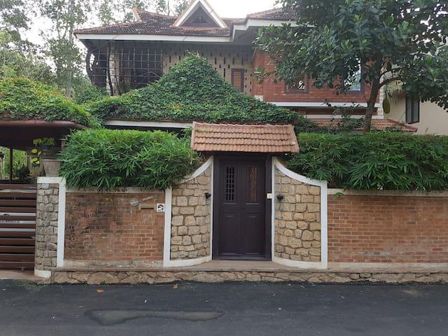 Thamburu - Perfect Retreat