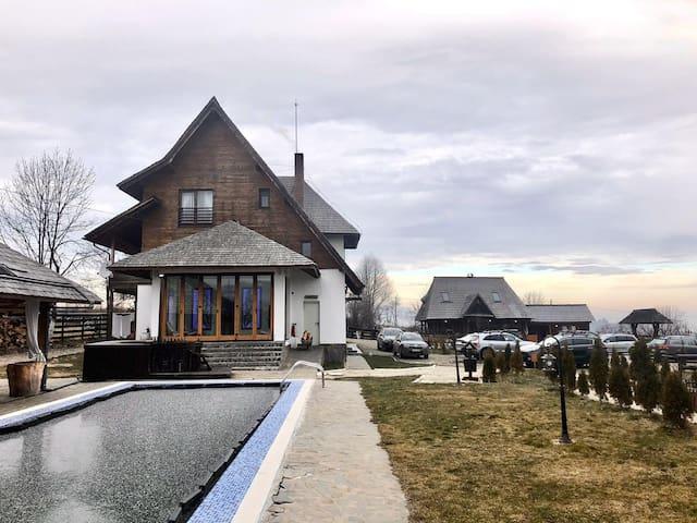 Comuna Budești的民宿