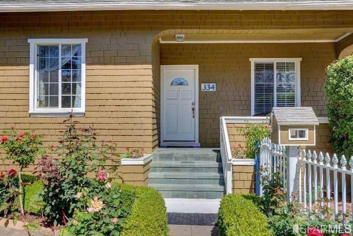 Craftsman Home near Caltrain & Downtown San Mateo