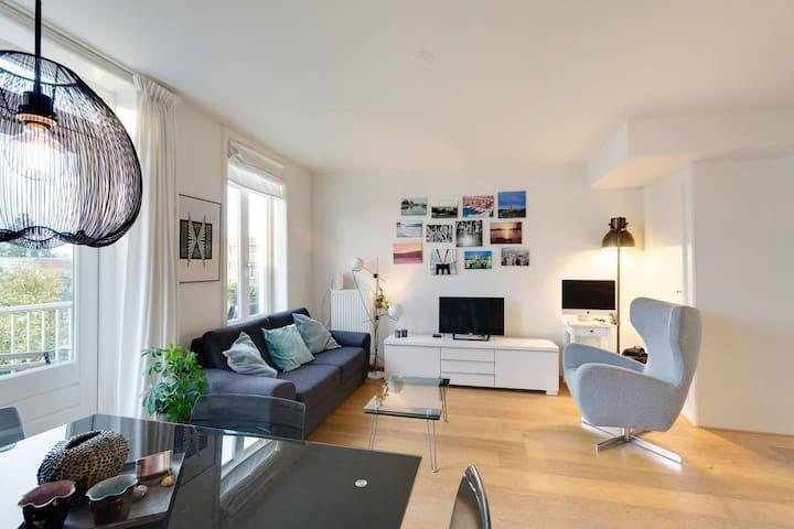 Modern house+Roof terrace | 3 people's Retreat